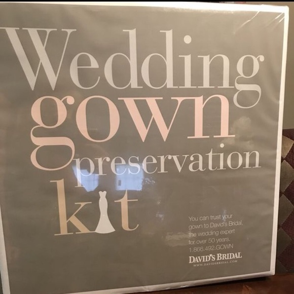 David\'s Bridal Other | Davids Bridal Wedding Gown Preservation Kit ...